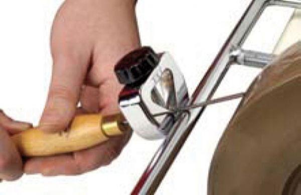 Vorrichtung für Schnitzwerkzeug