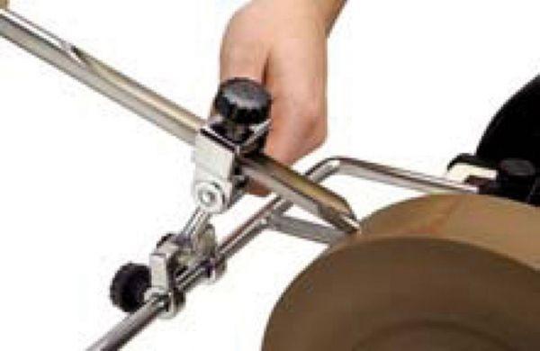 Vorrichtung für Drehröhren und Hohleisen